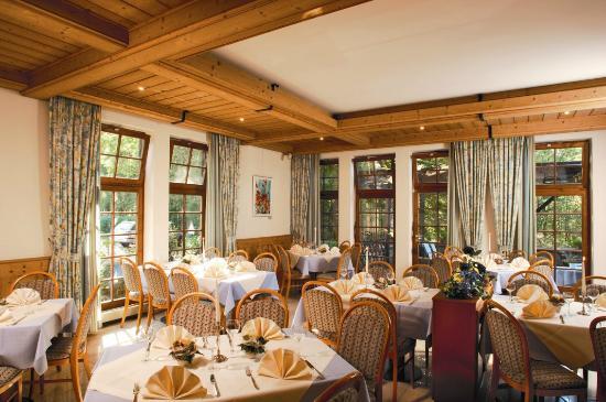 Hotel & Restaurant Neugebauer: Kaminsaal