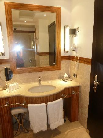 สตาร์โฮเต็ล แอนเดอร์สัน: Bathroom