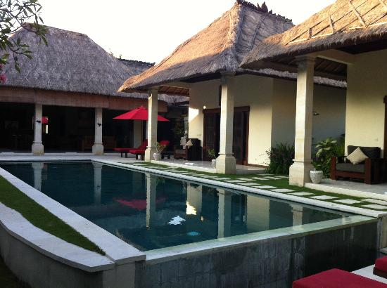 Villa Bugis: View from day bed / Bale