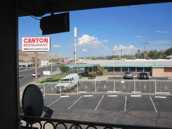 Motel 6 Barstow, CA - Route 66: balcony view