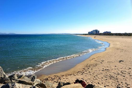 Hostal Novel Risech : La plage