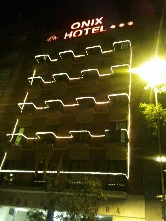 Onix Fira Hotel: onix fira di notte