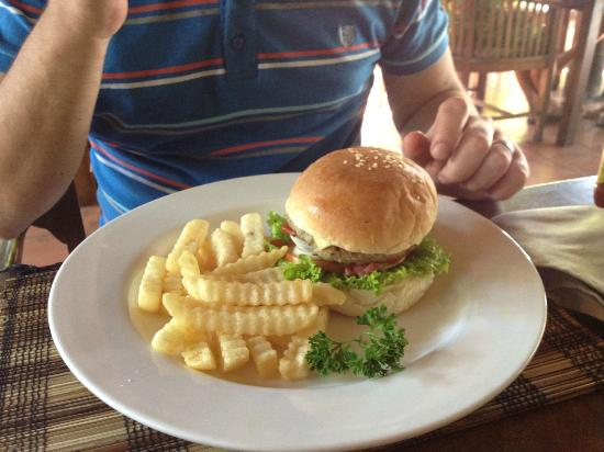 Rib Restaurant: Burger & fries