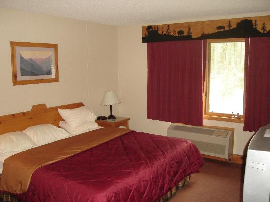 Lodge at Palmer Gulch: upstairs bedroom