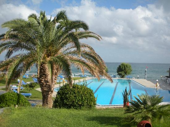 Ariadne Beach Hotel: piscine