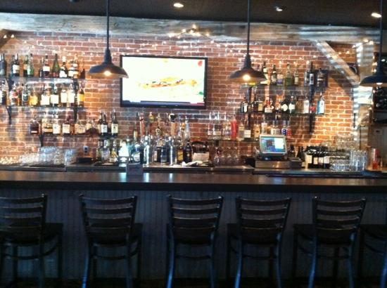 Birch Hill Tavern: awesome bar!