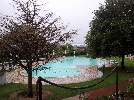 Terra Umbra Hotel: La piscina