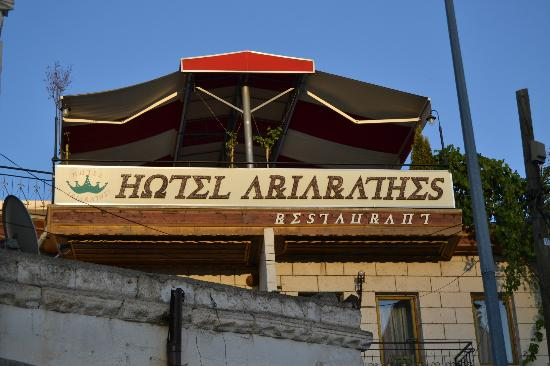 Hotel Ariarathes: The hotel facade