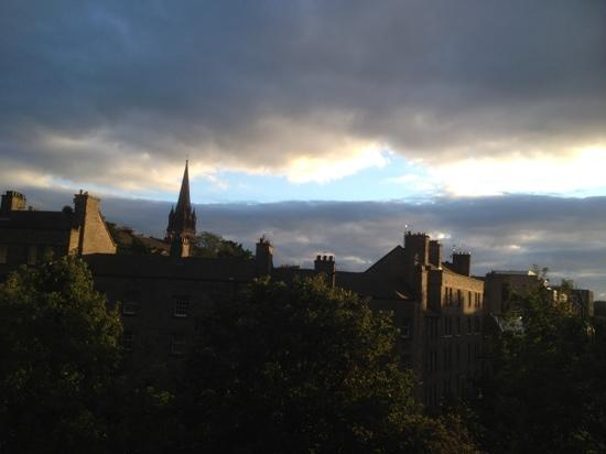 Auld Reekie Apartments: view from the bedroom window