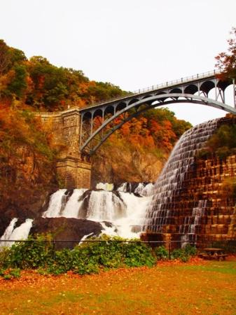 New Croton Dam: autumn