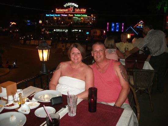 Belcehan Beach Hotel: me and paul