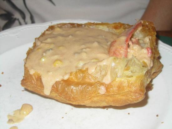 The Dan'l Webster Inn Restaurant: Lobster pot pie