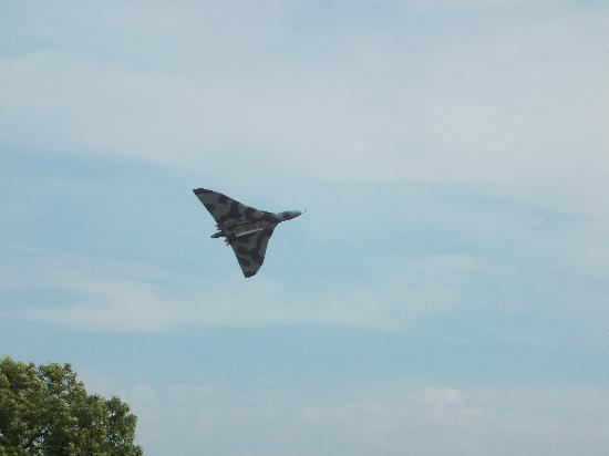 The Victory Show: The Vulcan Bomber