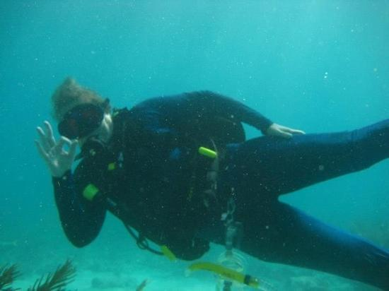 Captain Slate's SCUBA Adventures: This is me at North Dry Rocks in Key Largo diving with Capt Slates.