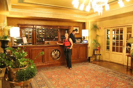 Grand Hotel Duchi D'Aosta: la hall dell'albergo