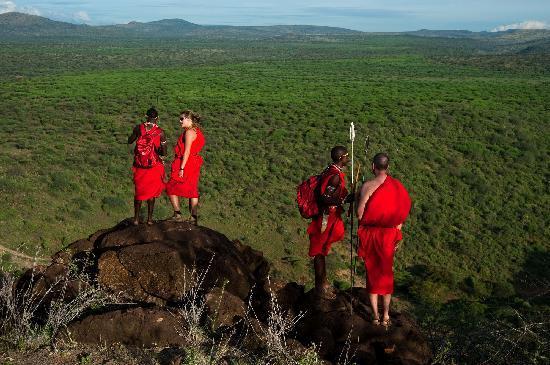 Bush Adventures- Maasai Warrior Training camp : Walk to a nearby hill