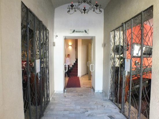 Spatz Aparthotel: hotel