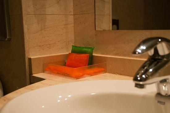 NH Barcelona La Maquinista: Baño