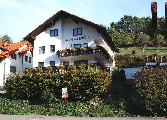 Hotel Gasthof Zur Krone Odenwald-Sterne-Hotel: Gästehaus mit Zimmer und Appartement
