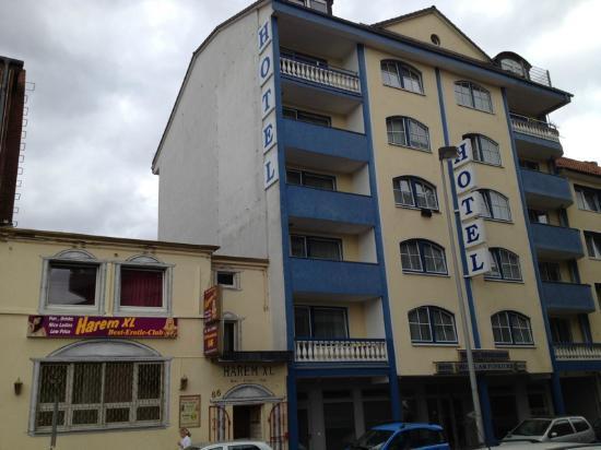 Hotel Königshof Am Funkturm: facciata