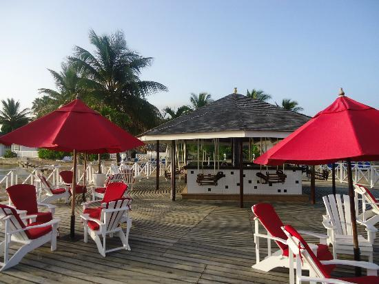 Royal Decameron Club Caribbean: bar