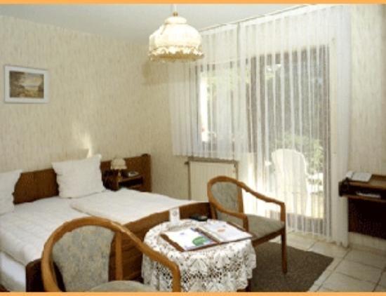Hotel Gasthof Zur Krone Odenwald-Sterne-Hotel: Zimmer