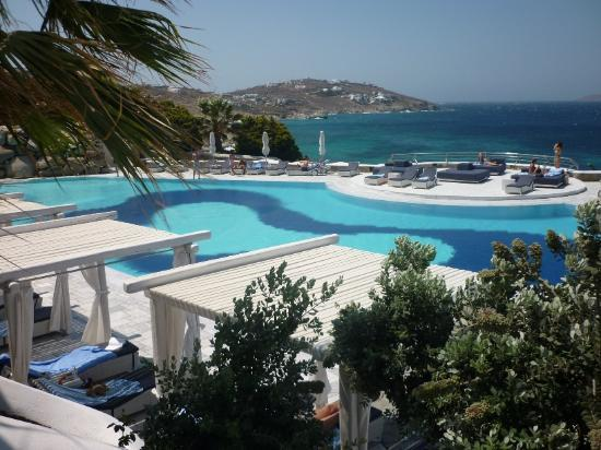 Mykonos Grand Hotel & Resort: Hotelpool