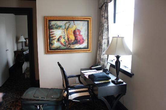 The French Quarters Guest Apartments: Suite 401