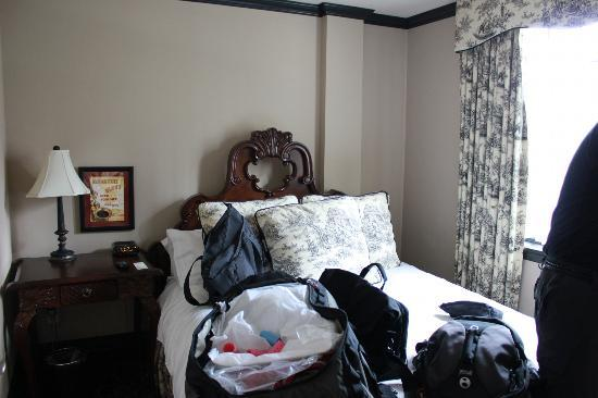 The French Quarters Guest Apartments: Suite 401 Bedroom #2
