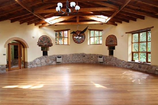 Willka T'ika Luxury Wellness Retreat: Yoga Room