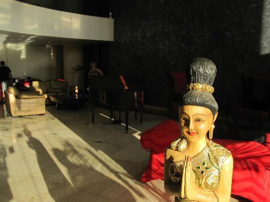Hollywood Inn Hotel: Accueil