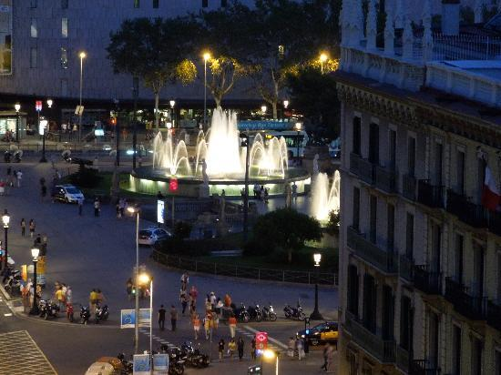 Hotel H10 Universitat: View of Placa de Catalunya from the terrace