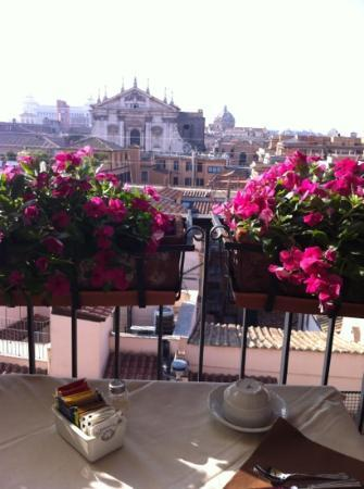 Colonna Palace Hotel: breakfast terrace.