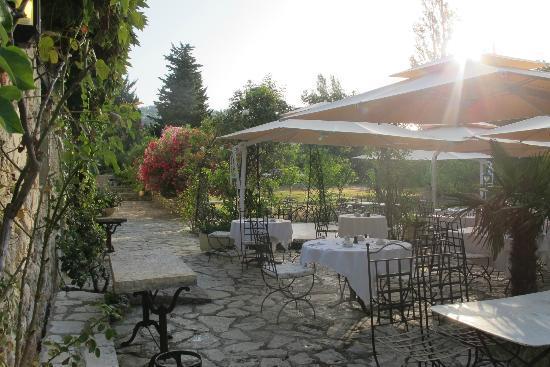 Moulin de la Camandoule : Dinner/Breakfast area