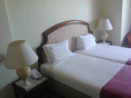 VIP Executive Diplomatico Hotel: Camas
