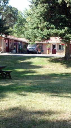 Story Pines Inn, LLC: Story Pines Inn