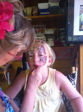 Broxbourne, UK: fantastic face painting. reasonably priced too at £5