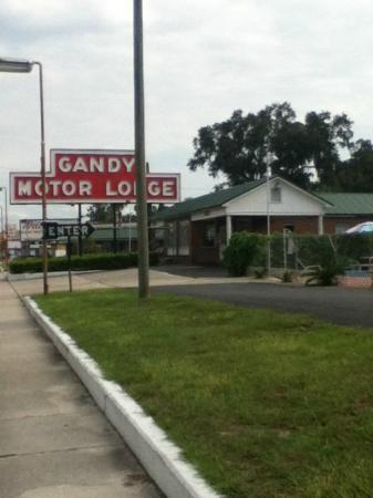 Gandy Motor Lodge: really good