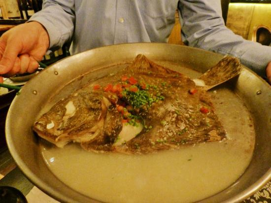 STOCKs Fischrestaurant: Frischer Nordsee-Steinbutt