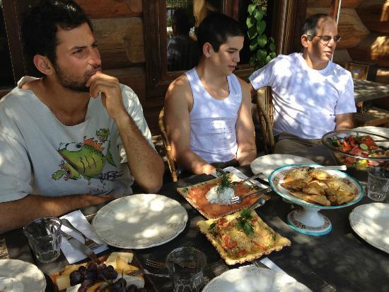 Aluma Bakfar Galilee Inn: salmon