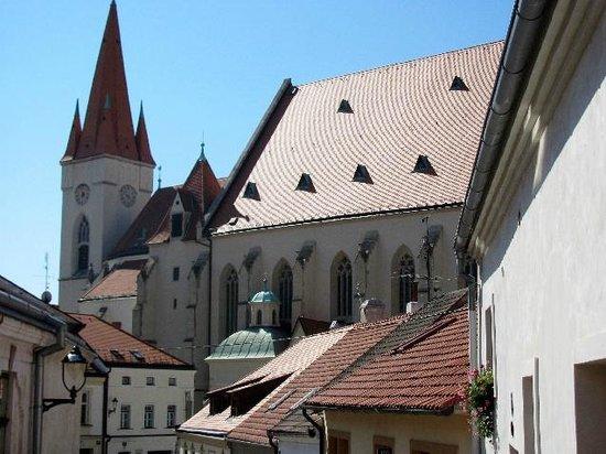 St Nicolas Square
