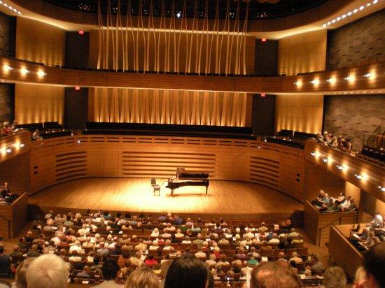 Royal Conservatory of Music: Korerner Hall