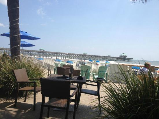Blu Restaurant & Bar: View from outdoor seating