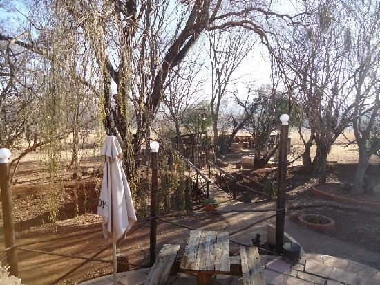 Kenjara Lodge Country Retreat Restaurant: outdoor dining