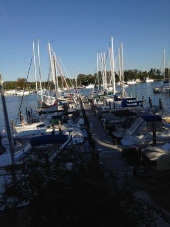 Zahniser's Dry Dock: view from outside dining