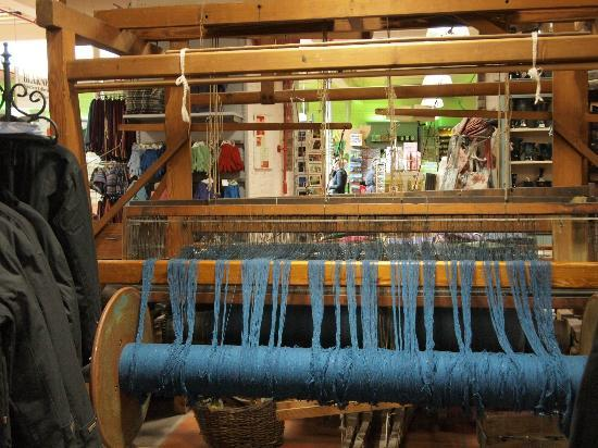 eCoach Shore Tours: At the Woolen Mill