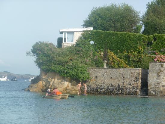 Residence Nemea Le Domaine de Bertheaume : Vue de la plage