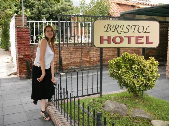 Hotel Bristol: Fuera del hotel