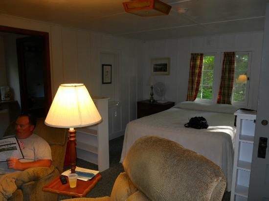Little Sister Resort: cottage # 23