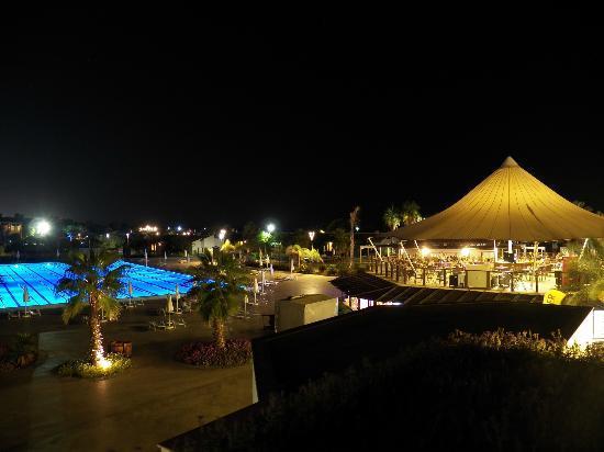 Sentido Zeynep Resort night view